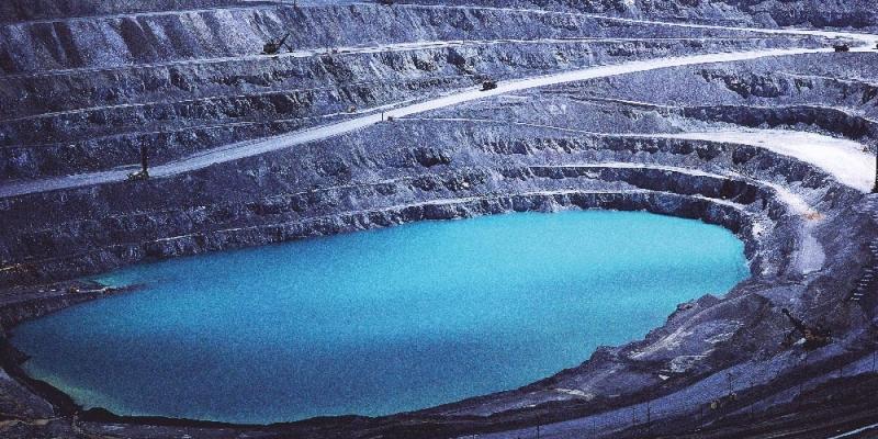 blue_quarry_4200x2799_130812
